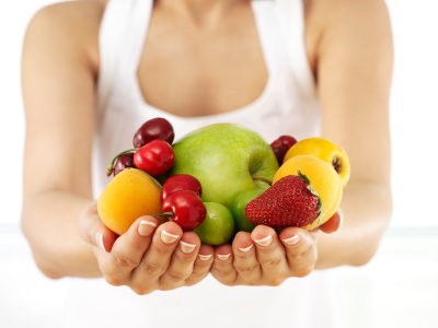 woman_holding_fruits_compressed